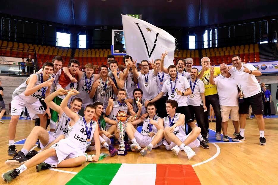 Udine: Virtus Bologna, campione d'Italia