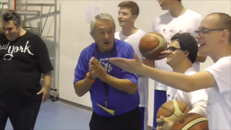 Jamme Ogni Sport Oltre: giochiamo insieme a pallacanestro